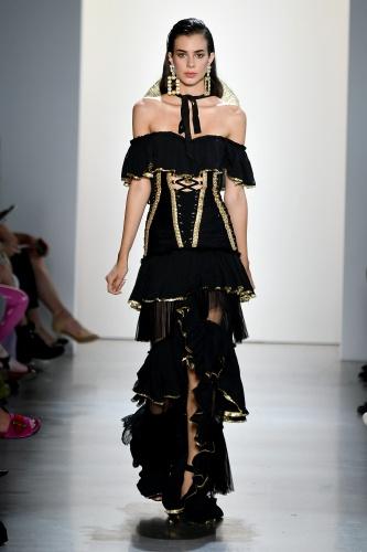 New York Moda Haftası'nda Lambada Fırtınası