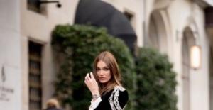 Brezilya ünlü top model Marianne Fonseca, Paris Moda Haftası'nda RaisaVanessa tasarımı kıyafetleriyle boy gösterdi