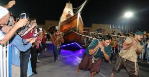Ankara'da Gemiler Yürüdü
