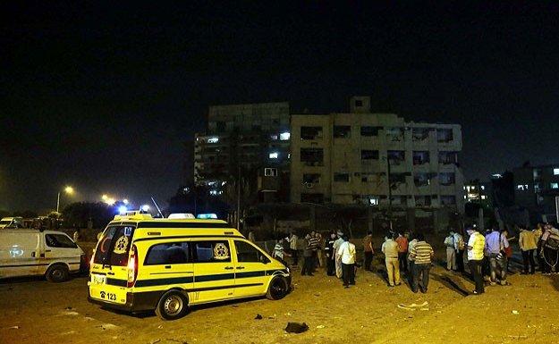 Mısır'da güvenlik güçlerine bombalı saldırı