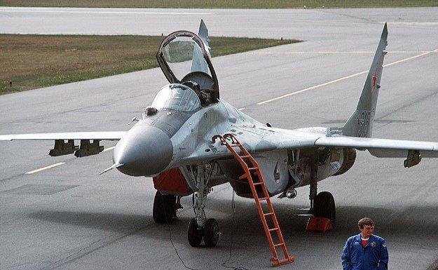 Rusya'dan Suriye'ye savaş uçağı iddiaları yalanlandı