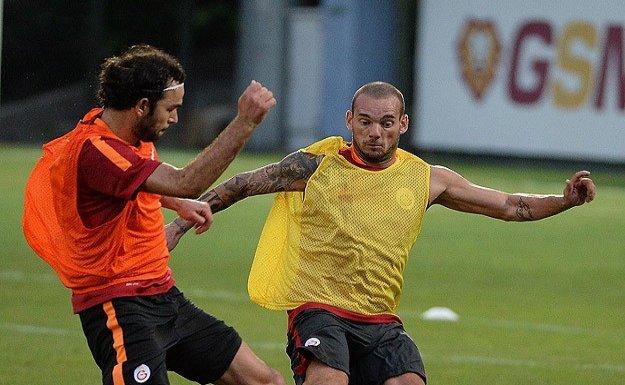 Galatasaray Hamit dışında tam kadro çalıştı