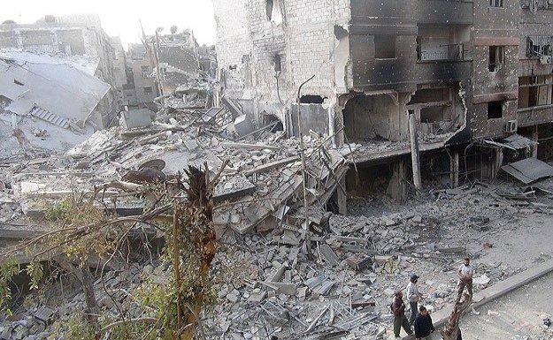 Yermuk'ta DAEŞ ile muhalifler arasında çatışmalar sürüyor