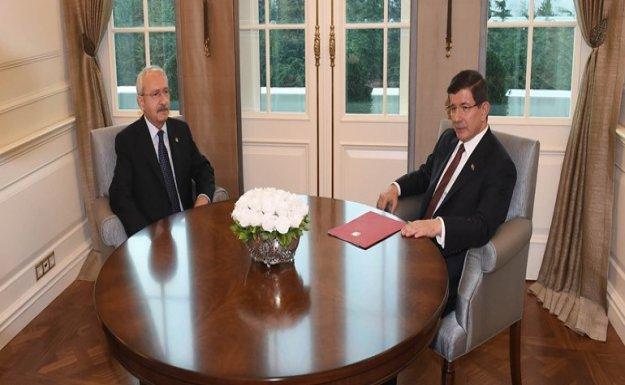 Davutoğlu ve Kılıçdaroğlu, Çankaya Köşkü'nde görüştü
