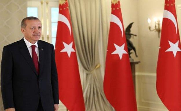 Cumhurbaşkanı Erdoğan'dan Manisa valisi ve belediye başkanına tebrik telgrafı