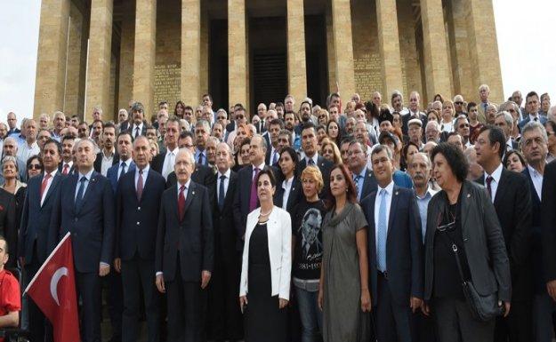 Kılıçdaroğlu: Türkiye çetin bir toplumsal barış sınavından geçiyor