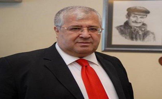 DSP Başkanı Türker tren garına karanfil bıraktı