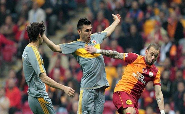 Galatasaray Yarın Kayserispor Deplasmanına Çıkacak