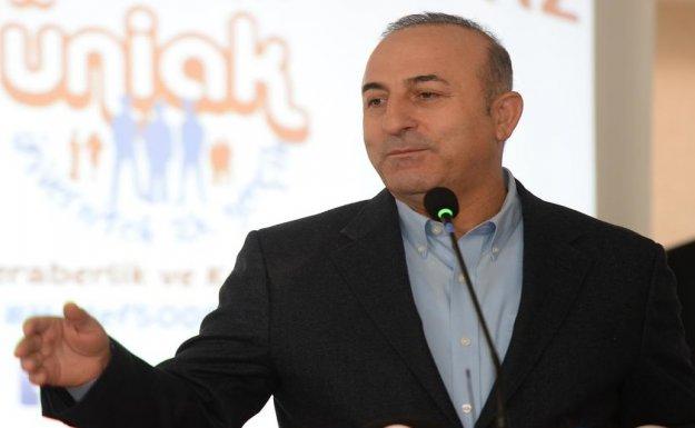 Mevlüt Çavuşoğlu Suriye'deki Saldırılara Tepki Gösterdi