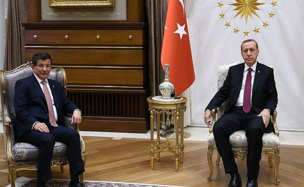 Cumhurbaşkanı Erdoğan ile Başbakan Davutoğlu Bir Araya Gelecek