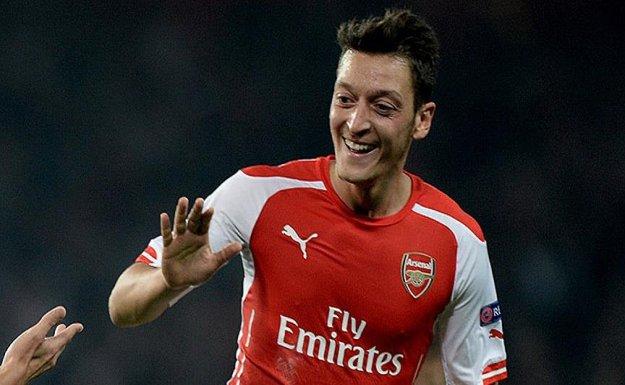 Arsenal, İngiltere Premier Lig'inde Liderliğe Yükseldi