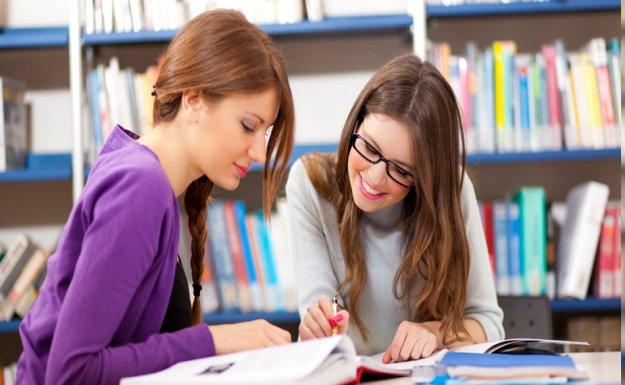 Kız Öğrenciler Daha Umutlu