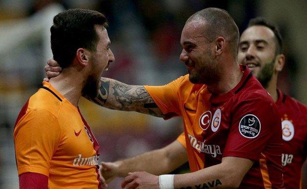 Galatasaray İkinci Yarıya Galibiyetle Başladı