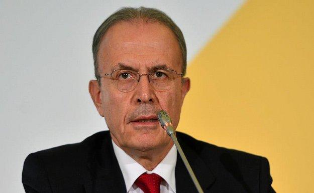 Renault Mais Genel Müdürü : 2016  Canlı Olacak