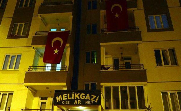 Şehit Jandarma Uzman Çavuş Altuntaş'ın evinde yas