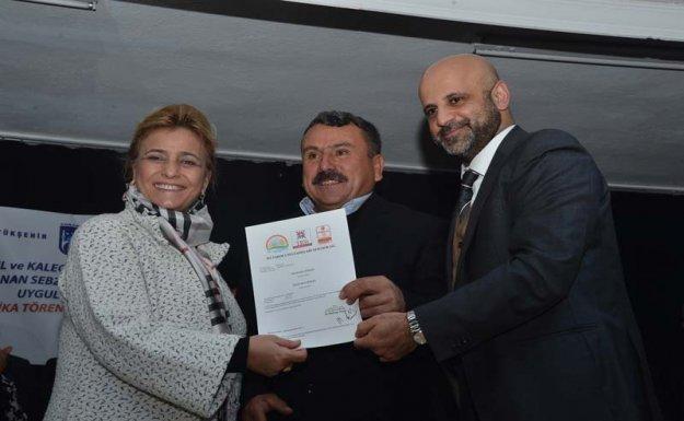 Ankara Büyükşehir Belediyesi'nden Çiftçilere Sertifika