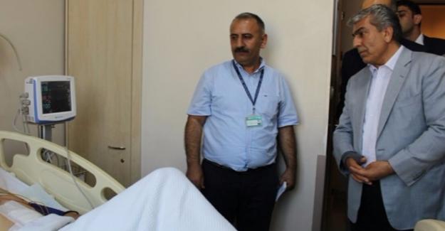 CHP İstanbul İl Başkanı Cemal Canpolat Yaralıları Ziyaret Etti