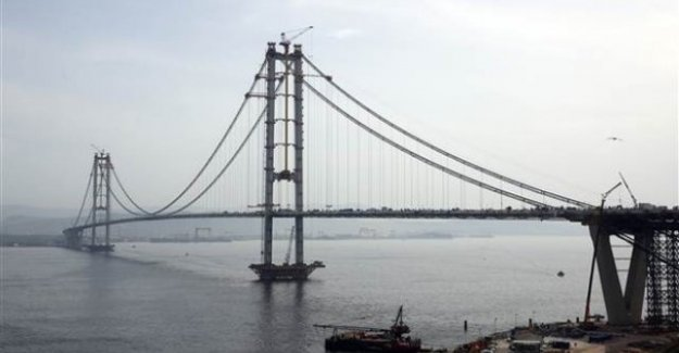 Osmangazi Köprüsünden Görkemli Açılış