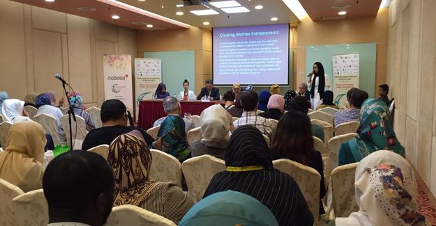 1. Dünya Müslüman Kadınlar Zirvesi Ve Fuarı Başarıyla Tamamlandı