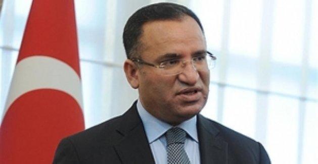 """Adalet Bakanı Bozdağ'dan """"Kimlik"""" Yanıtı"""
