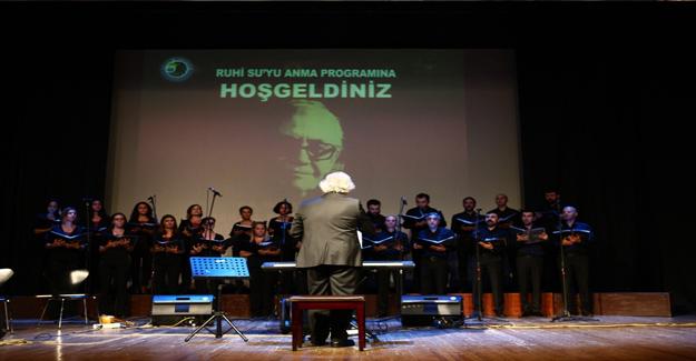 Türk Halk Müziği Sanatçısı Ruhi Su Kartal'da Türkülerle Anıldı