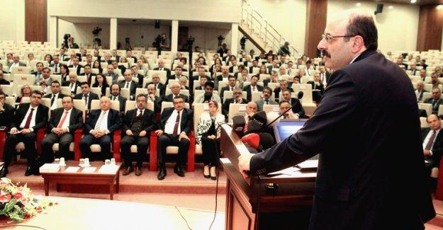 YÖK Başkanı Saraç Eğitim Fakülteleri Dekanlarıyla Bir Araya Geldi