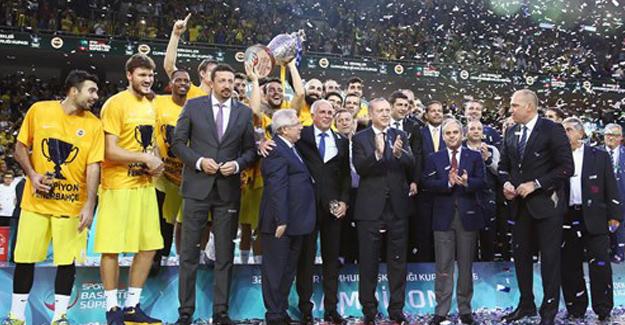 32. Erkekler Cumhurbaşkanlığı Kupası Fenerbahçe'nin