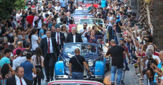 Antalya Film Festivali'nin Klasik Araçlı Dev Korteji