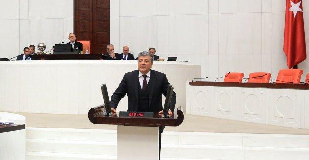 CHP'li Balbay: Tüm Öğretim Üyeleri 75 Yaşında Emekli Olsun