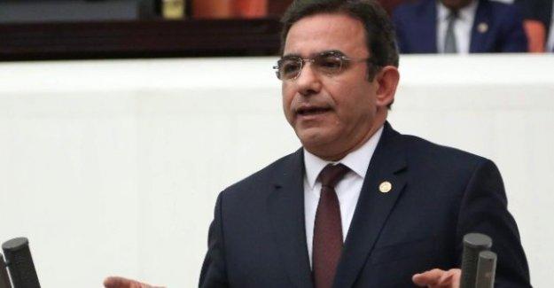 CHP'li Budak: 4 İlde Turist Kaybı 8.7 Milyon