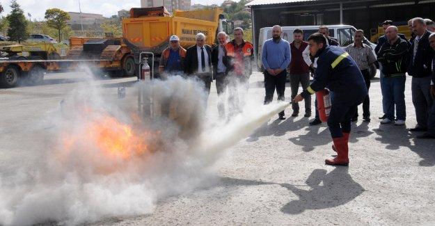 Mamak Belediyesi'nden Personele Yangın Eğitimi