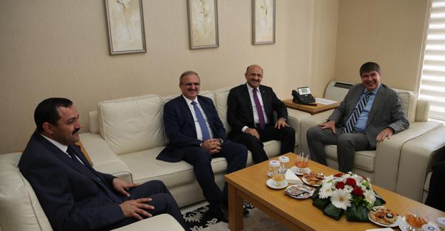 Milli Savunma Bakanı Işık'tan Antalya Büyükşehir Belediyesine Ziyaret