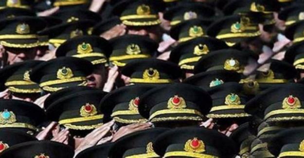 TSK'dan 158'i Subay 233 Asker İhraç edildi