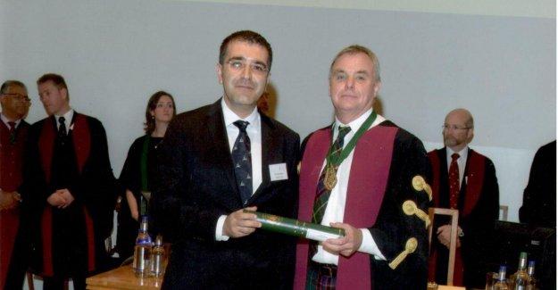 Türk Doktor Kraliyet Koleji Üyesi Oldu