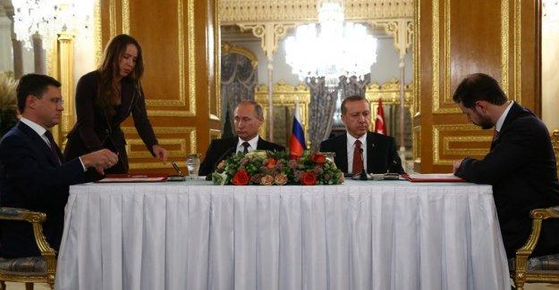 Türkiye ile Rusya arasında, Türk Akımı Doğal Gaz Boru Hattı Projesi Anlaşması İmzalandı
