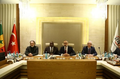 Afrika'ya Açılan Kapı Senegal Türk Yatırımcıları Bekliyor