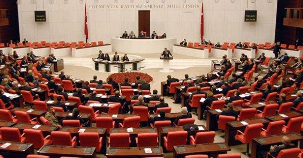 Anayasa Değişikliği Teklifinin Altıncı Maddesi 343 Oyla Kabul Edildi