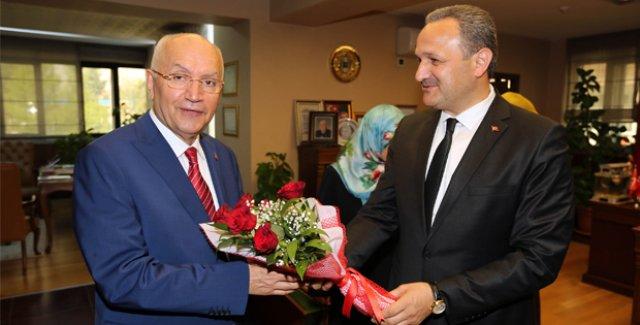 Başkan Yaşar: İstiyoruz Ki Yenimahalle'de Herkes İbadetini Layıkıyla Yerine Getirsin