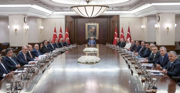 Başbakan Yardımcılarının Görevleri Belirlendi