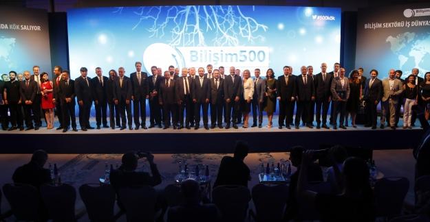 Bilişim 500 Ödülleri Sahipleri ile Buluştu