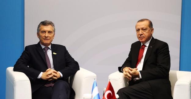 Cumhurbaşkanı Erdoğan, G20 Vesilesiyle Arjantin Devlet Başkanı Macri  ile Bir Araya Geldi