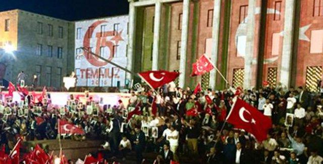 Cumhurbaşkanı Erdoğan Anma Programı İçin Meclis'e Geldi
