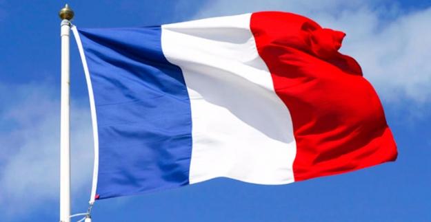 Fransız Dışişleri Bakanının Körfez'deki Mekik Diplomasisi Sürdürüyor
