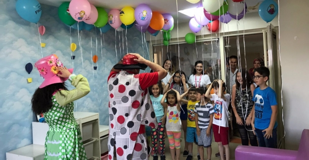 Hacettepe Üniversitesi 50. Yılında Kuruluş Amacı Olan Çocukları Unutmadı