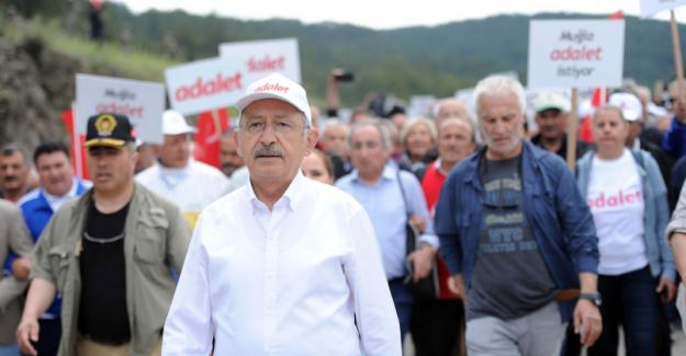 Kılıçdaroğlu Maltepe'ye Doğru Yürüyüşü Başlattı