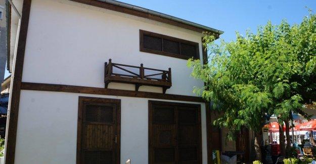 Marmaris Belediyesi'nden Trafoya Nostaljik Dizayn