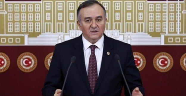 "MHP'li Akçay: ""15 Temmuz Destanı İhanetin Karşısına Dikilen Milli Vicdandır"""