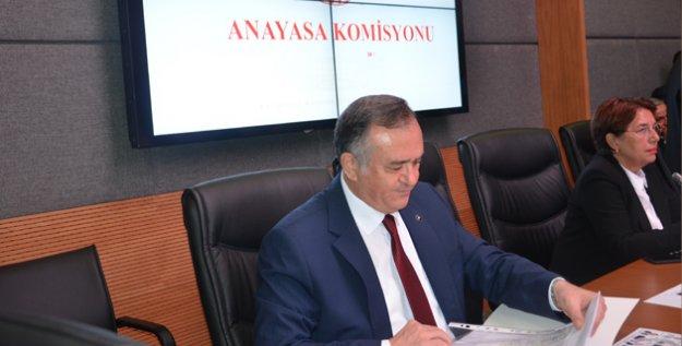 """MHP'li Akçay: """"Milletimizden Yükselen Sese Tepkisiz Kalamazdık"""""""