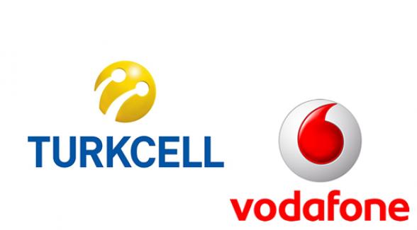Turkcell ve Vodafone'dan 15 Temmuz'da Ücretsiz Konuşma, SMS ve İnternet Paketi