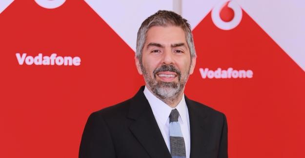 Vodafone'den 15 Temmuz'un Birinci Yıldönümüne Özel Ücretsiz Dakika, SMS ve İnternet
